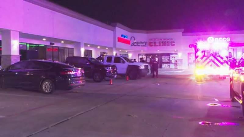 Three injured in bar shooting