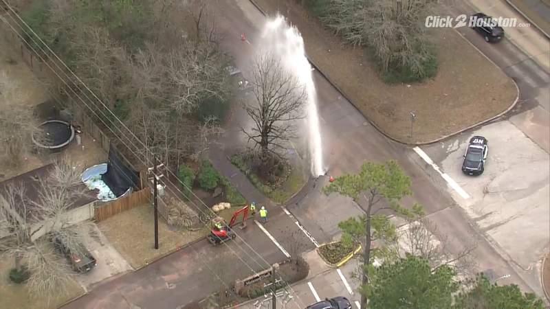 Water main breaks in Kingwood area