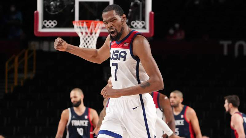 Kevin Durant lets his emotions show Saturday as the U.S. men close out the Olympic final win over France.