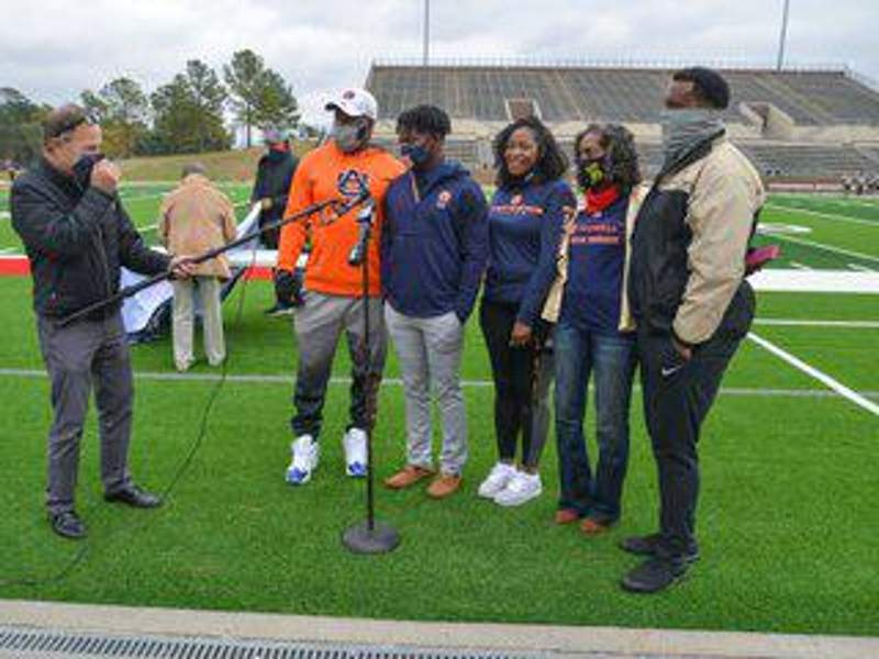 NATIONAL SIGNING DAY: Family ties to Alabama keep Davis solid with Auburn