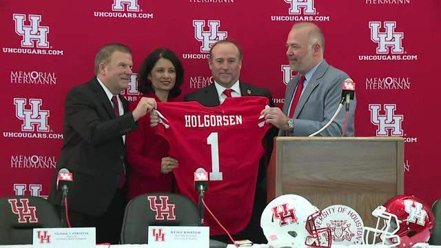 Dana Holgorsen is introduced as the head coach of the University of Houston football team on Jan. 3, 2019.