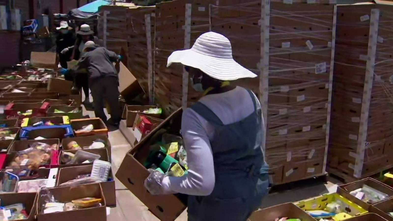 Landlord tells Sugar Land church stop food distribution due to traffic 'nuisance' or be placed in default of lease