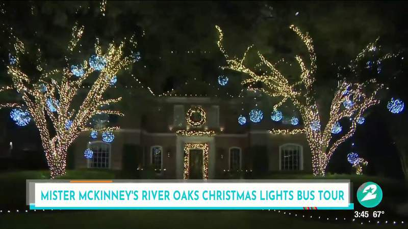 All aboard! This school bus tours Houston's River Oaks spectacular Christmas lights display   HOUSTON LIFE   KPRC 2