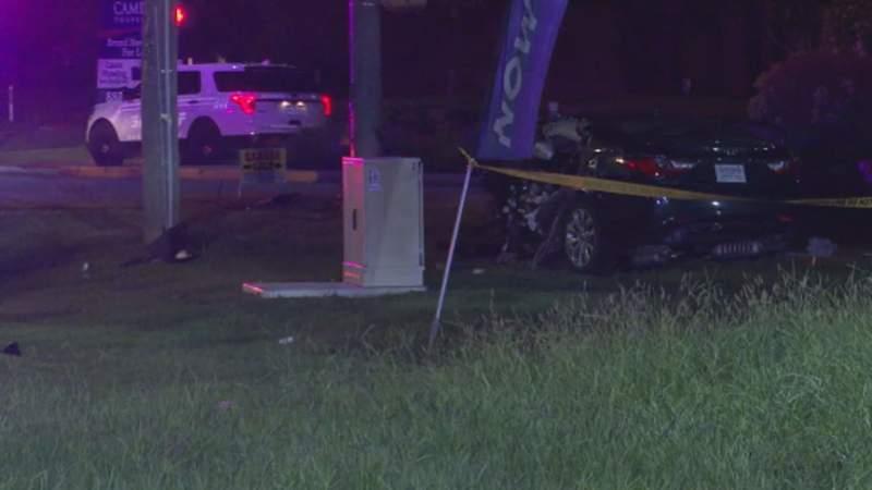 HCSO: Driver killed, passenger injured in single-vehicle crash in west Harris County