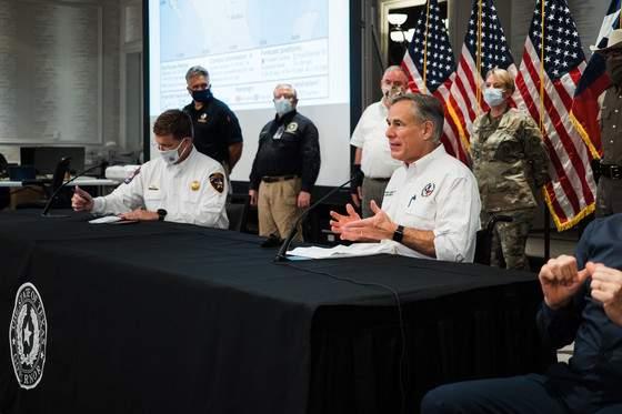 Gov. Abbott holds briefing on state's response to Hurricane Hanna.