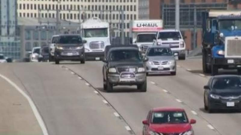 Consumer group asking Texas Dept. of Insurance to give money back to drivers