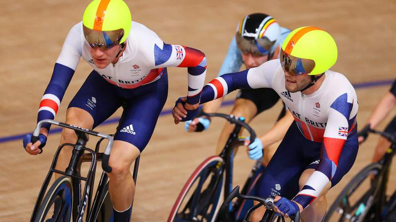 Great Britain's Ethan Hayter and Matthew Walls at an exchange in the madison Saturday.