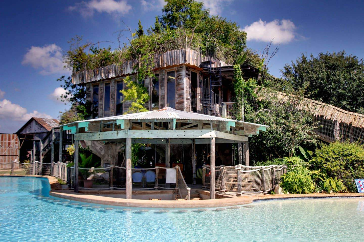 Tree House In The Texas Hill Country