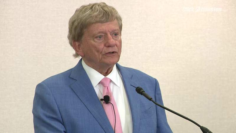 Attorney Rusty Hardin discusses developments in cases filed against Texans Deshaun Watson