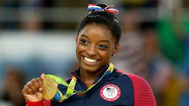 Simone Biles no está lista para comprometerse con los Juegos Olímpicos de 2021, dice que posponer los juegos fue una decisión correcta 3