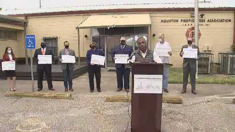 A group of bipartisan activists have joined labor organizations fighting to give city councilmembers more power to get items on the city of Houston's council agenda.