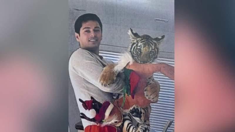 New video emerge of Victor Cuevas and missing tiger