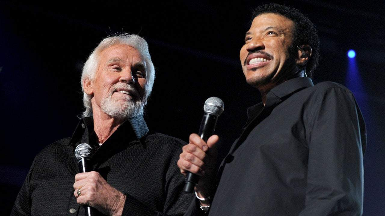 'acm presents our country' lionel richie luke bryan and