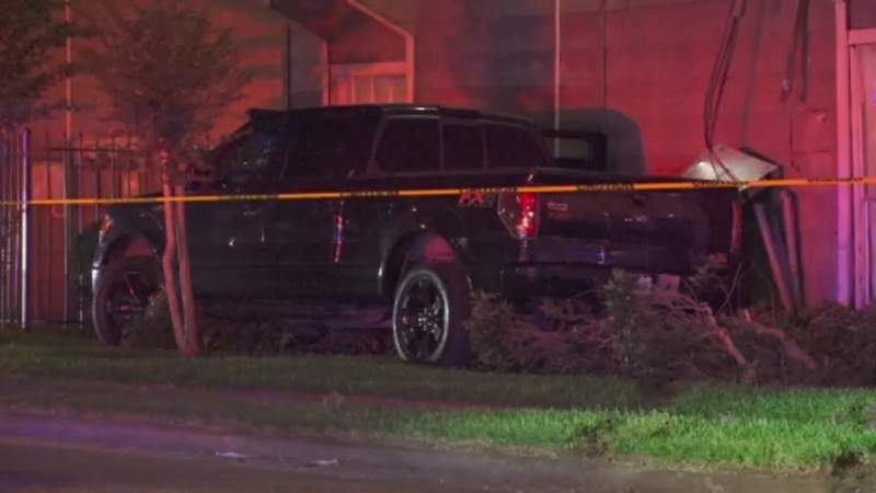 Two people are dead after a shooting in front of an apartment complex in northwest Houston.
