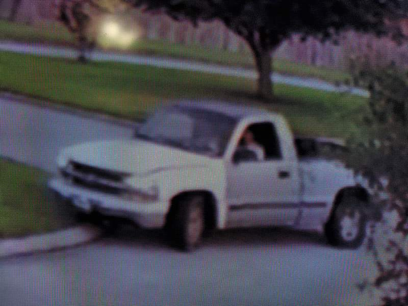 Precinct 4 deputies are asking for the public's help in identifying suspects wanted for robbing multiple victims in the Kenswick area.