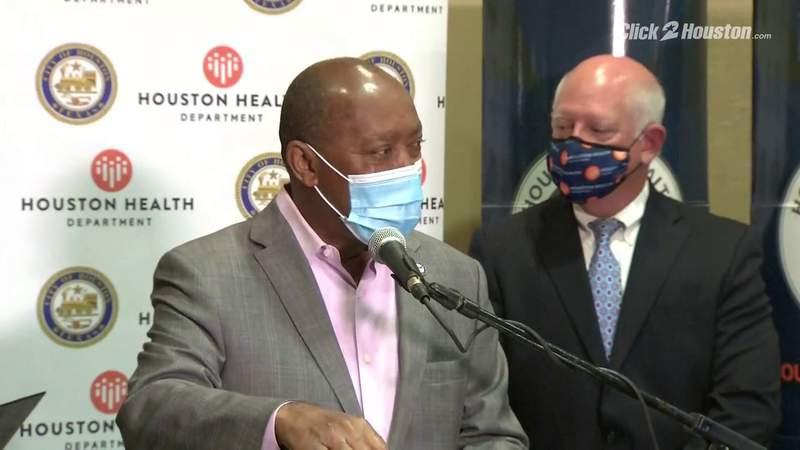 Turner discusses vaccine in Houston