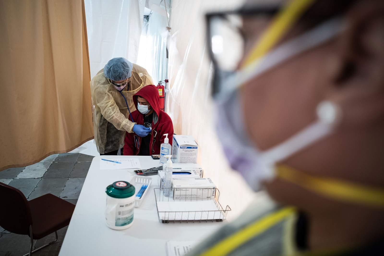 Cómo es para los trabajadores de la salud en la primera línea de la pandemia de coronavirus 4