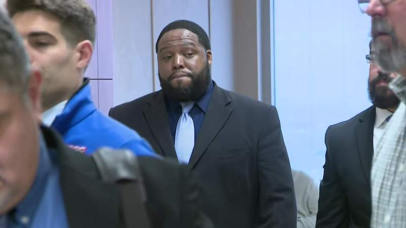 Employee at HISD elementary school accused of inappropriately touching student appears in court Tuesday