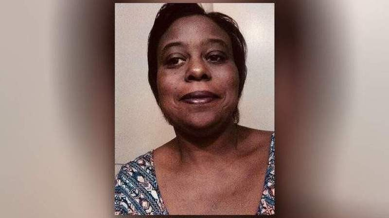 Baytown police officer indicted in fatal shooting of Pamela Turner