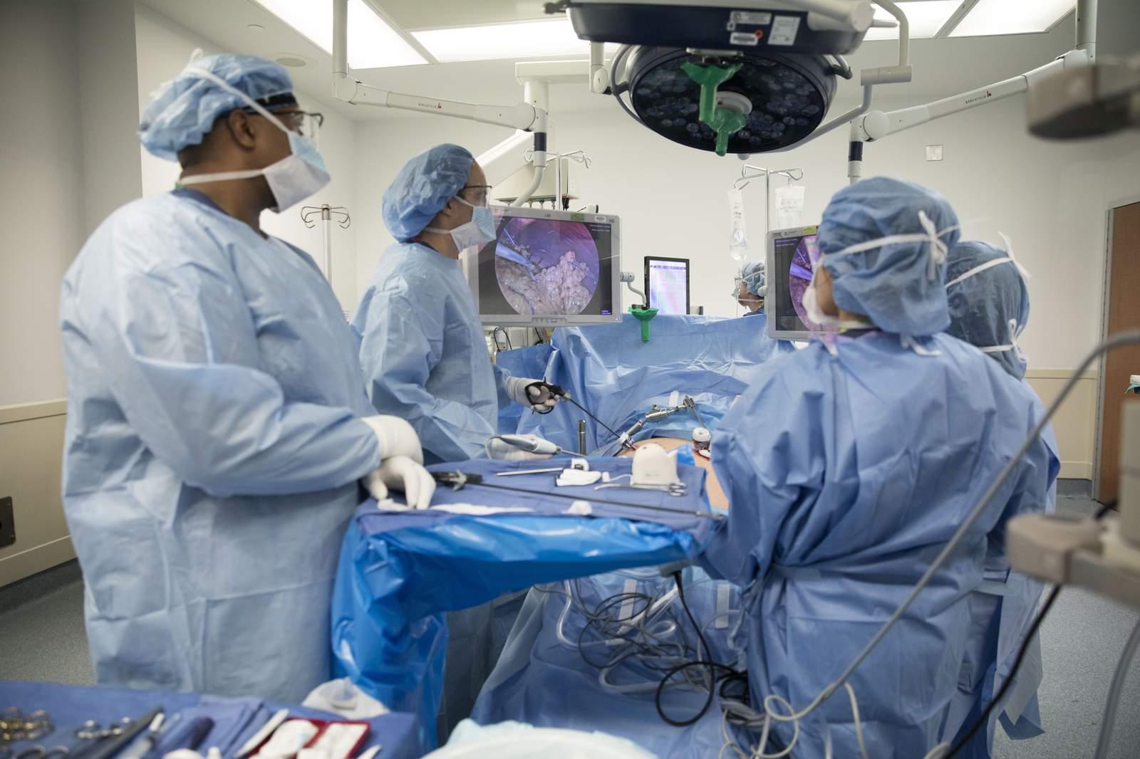 Después de la cirugía de obesidad, más pacientes regresan por otro 52