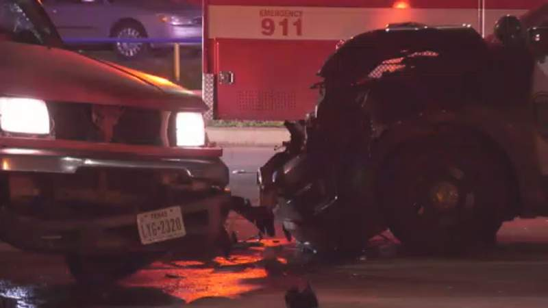 HPD cruiser strikes suspected intoxicated driver who disregarded stop sign, officials say