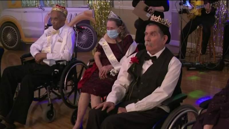 Nursing home holds prom for residents