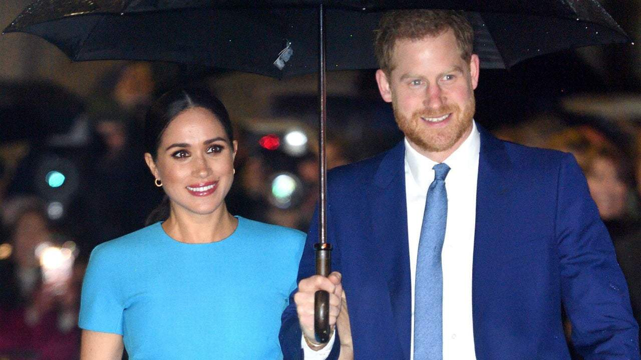 prince harry and meghan markle share final sussex royal instagram post ahead of transition prince harry and meghan markle share