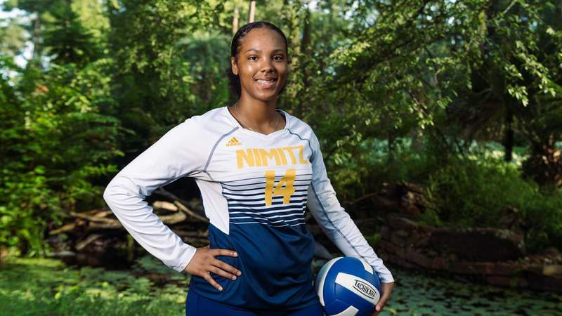 NIGHTMARE AT THE NET: Richardson Brings Intensity to the Middle