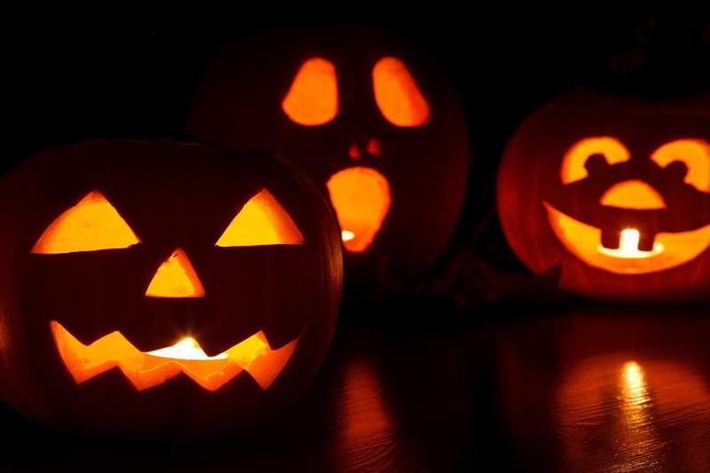 Generic image of candlelit pumpkins on Halloween.