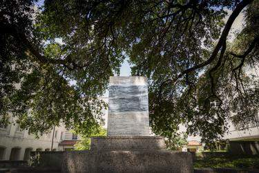 A Confederate statue on the University of Texas at Austin was removed shortly after midnight on Aug. 21, 2017.      Shelby Knowles for The Texas Tribune