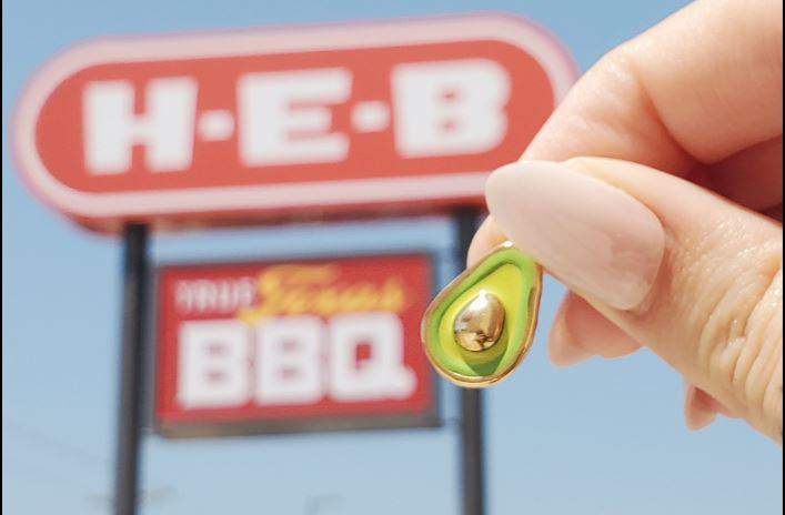James Avery will open a store inside H-E-B plus two others all over Texas.
