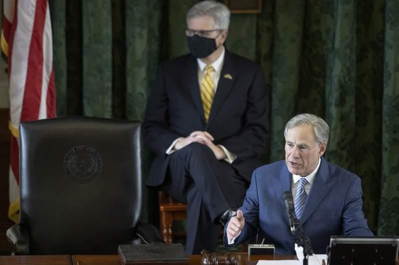 Gov. Greg Abbott speaks to the Senate at the Capitol on Jan. 12, 2021.