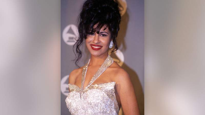 Selena in the press room at the 1994 Grammy Awards in New York.