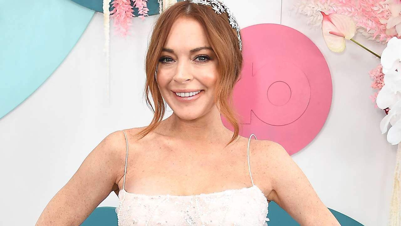 Lindsay Lohan Shows Off Her 'Boyfriend' in New Pic: 'Such a ...