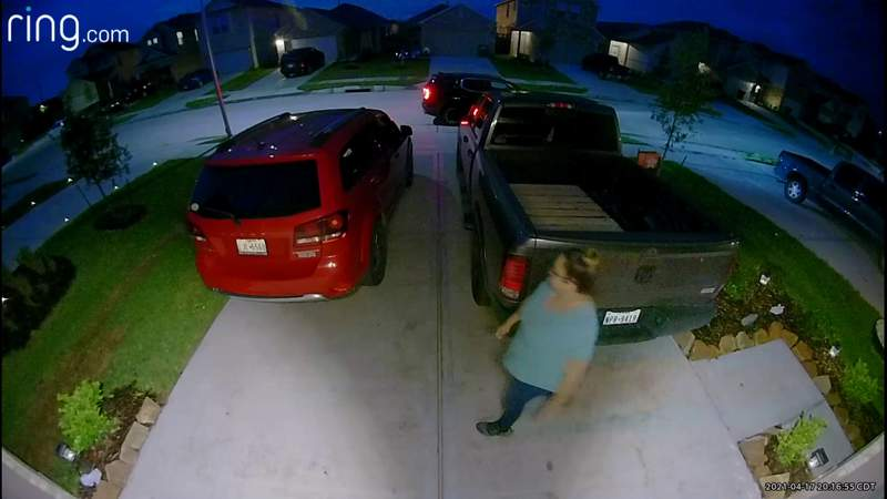 Ring video shows mother of 3 outside sister-in-law's house night before disappearance