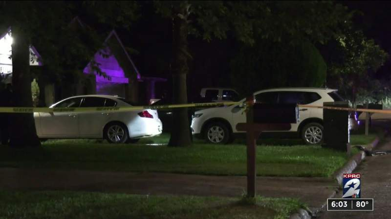 HPD: 1 person dead, another injured in altercation at northeast Houston home