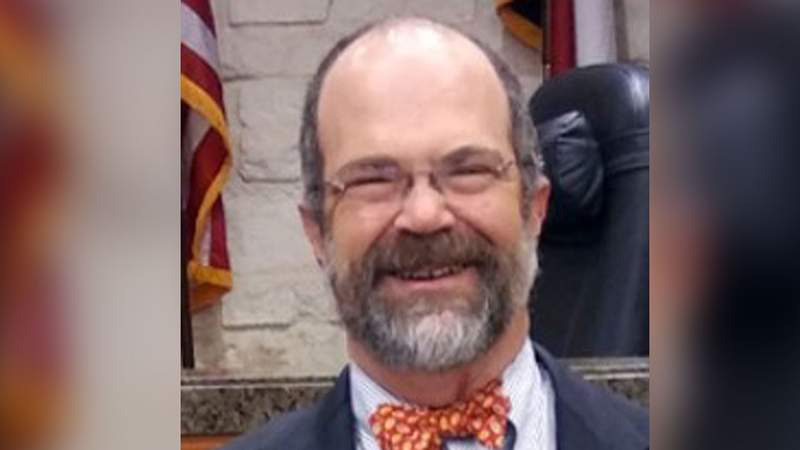 Harris County civil court judge resigns