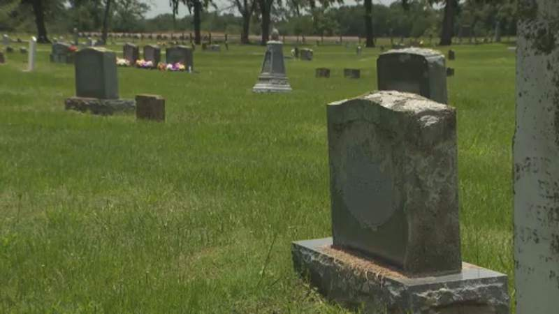 New racial rift in cemetery controversy