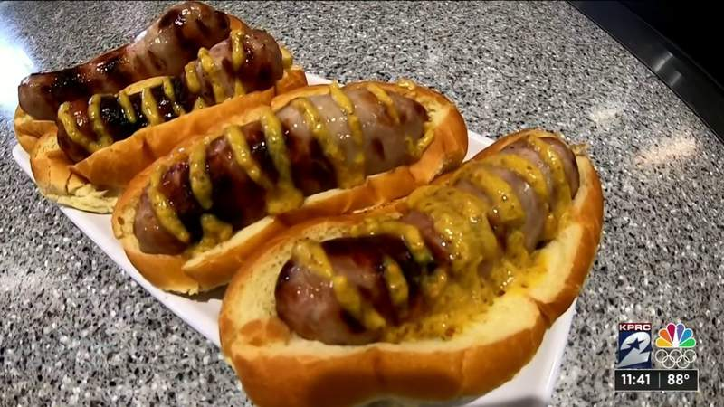 In the Kitchen with H-E-B: How to make Beer Brats
