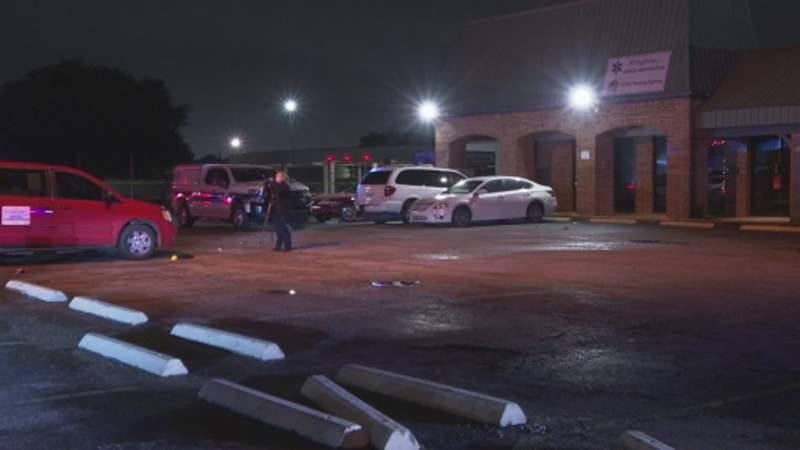 3 dead in 3 overnight homicides