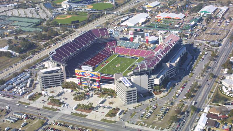 An aerial view from the Monster.com blimp shows Raymond James Stadium, the site of Super Bowl XXXV, in Tampa, Florida. DIGITAL IMAGE.Mandatory Credit: Andy Lyons/Allsport