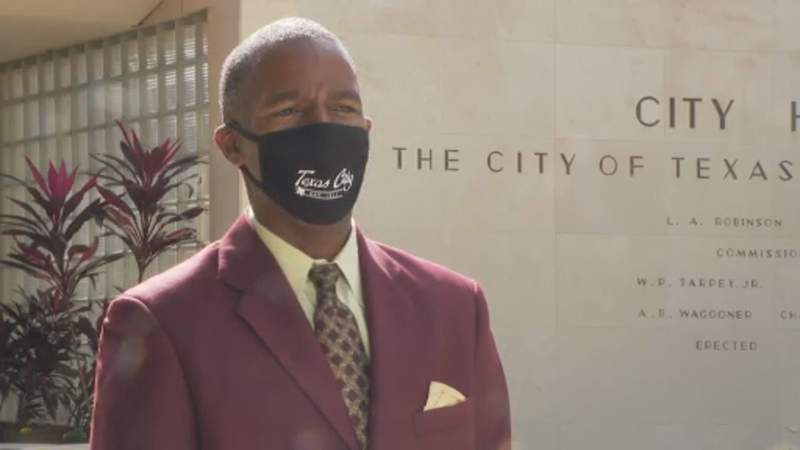 First black mayor elected in Texas City