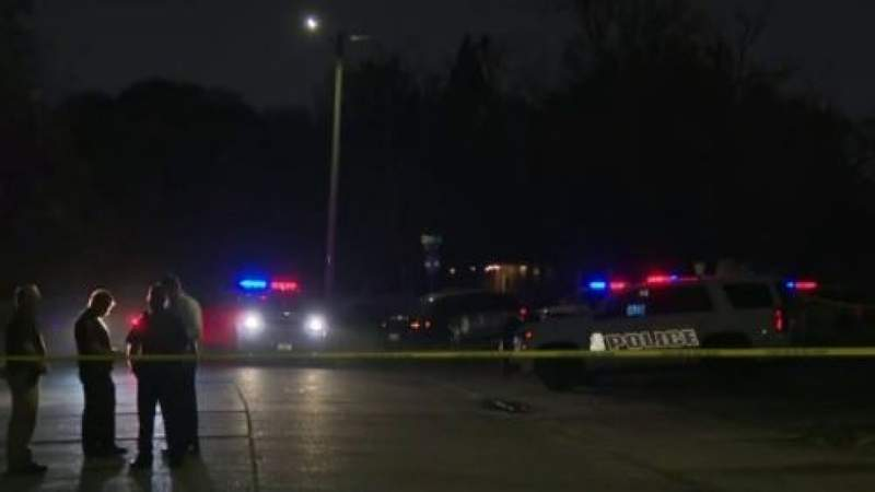 2 teens shot while in church parking lot in Pasadena, police say