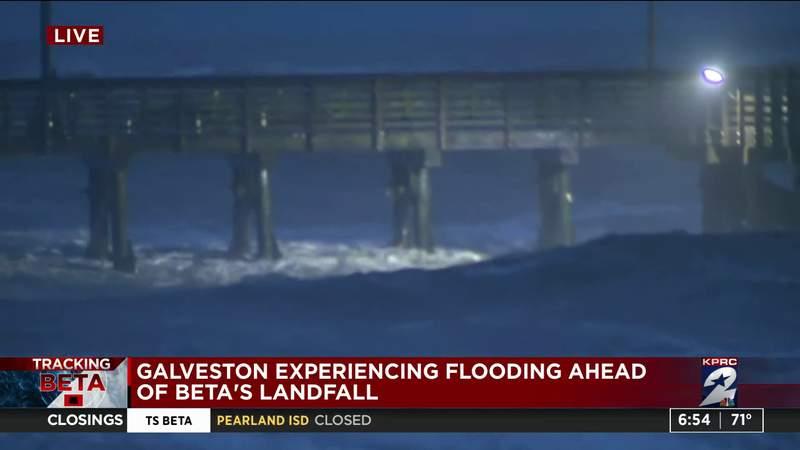 Galveston experiencing flooding ahead of Beta's landfall