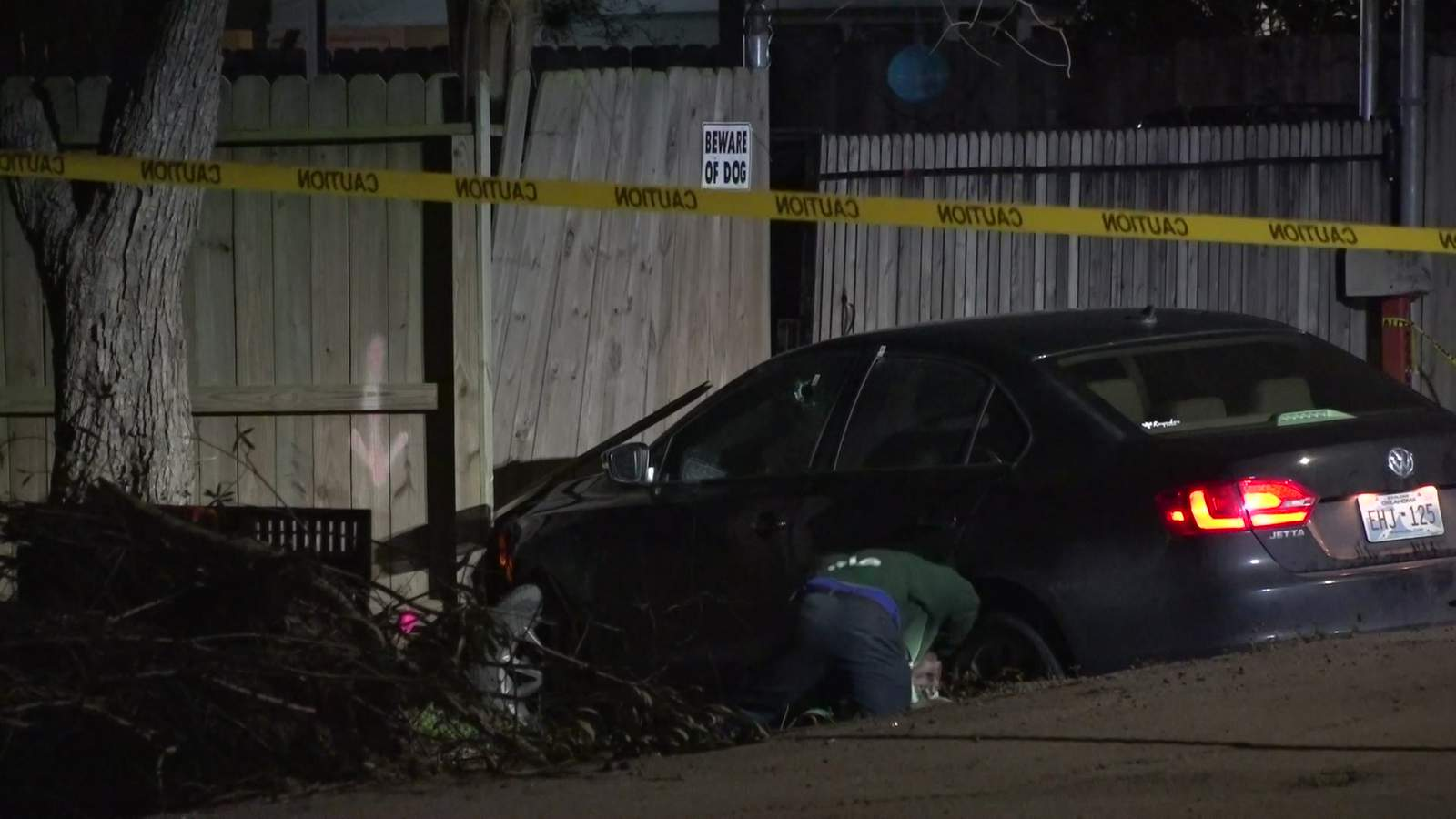 Man dies after being shot while driving in southeast Houston