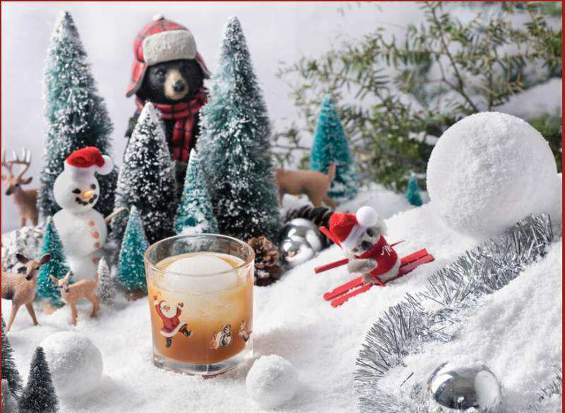 The famed Christmas-themed pop-up bar Miracle is coming to the Houston area.