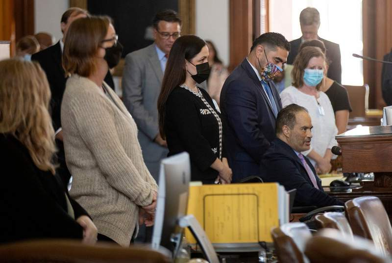 State Rep. Garnet Coleman, D-Houston, leads a prayer on the House floor on Aug. 19, 2021. Democratic lawmakers Garnet Coleman, Ana Hernandez and Armando Lucio Walle returned to the House floor, giving their Republican members a quorum.