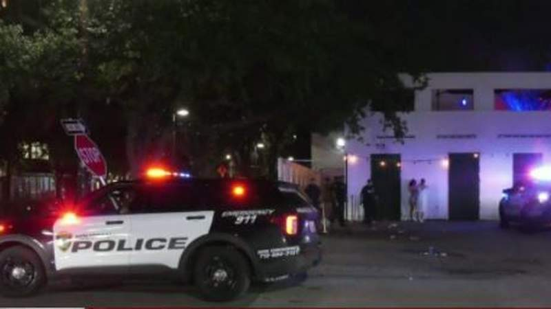 At least 2 dead in shooting at Club Clé in Midtown Houston, police say