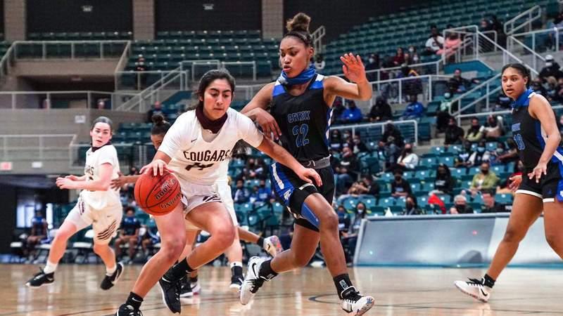The Wrap: Girls Basketball Playoffs Scores, Highlights, Interviews, Photos (Area)