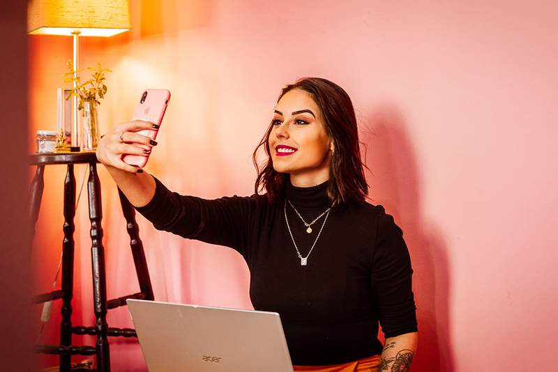 The Complete 2021 Social Media Influencer Bundle has everything you need to know to curate an online presence that can provide you with income, exposure and a creative outlet.